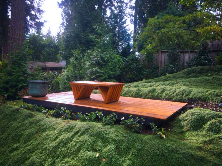 outdoor carpentry